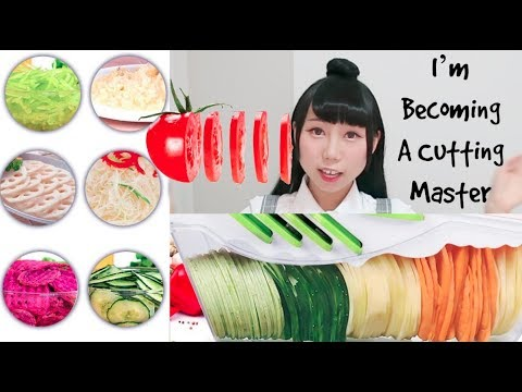 SUPER LOUD SOUND! I'm Becoming A Cutting Master! Cutting&Eating Vegetables! Ft.Godmorn