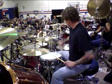 Steve Moore (The Mad Drummer) Solo at Woodstick 2010