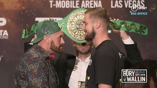 😂 Tyson Fury shrinks down to Otto Wallin's size and pulls funny faces during face off