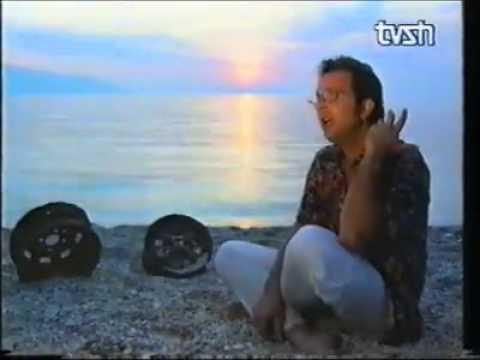 Ardit Gjebrea - Makina E Memories Origjinal Video