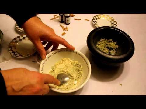 Homemade Organic Toothpaste - Old Swiss Teeth Whitening Recipe. Dentifrice blanchissant bio maison