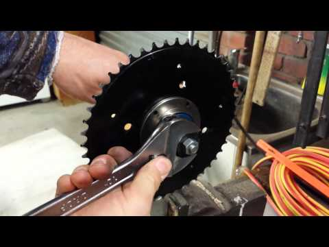 Freewheel removal from pedal crank arm