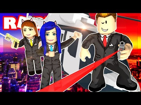 BECOMING A SECRET SPY IN ROBLOX! DON'T TOUCH THE LASERS!!