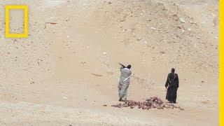 رحلة في مصر مع أعظم مستكشف في العالم:الحلقة 1 - كنوز خفية  | ناشونال جيوغرافيك أبوظبي