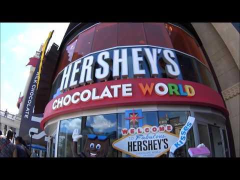 Tour of Hershey's Chocolate World in New York New York Casino, Las Vegas, NV.  (Statue of Liberty).
