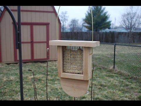 How to Make a Suet Bird Feeder (woodlogger.com)