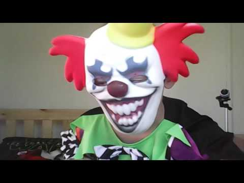 Clown costume review
