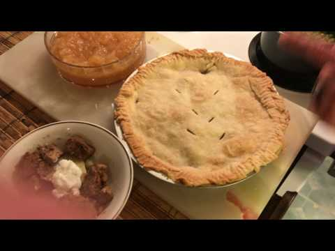Crazy Cheap Canadian Meat Pie Friday & Home Made Applie Sauce
