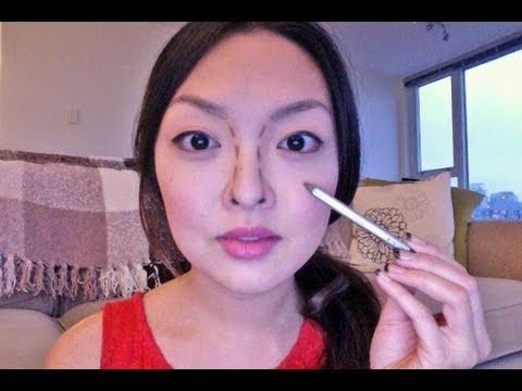 HOW TO: Make Your Nose Look Smaller INSTANTLY!