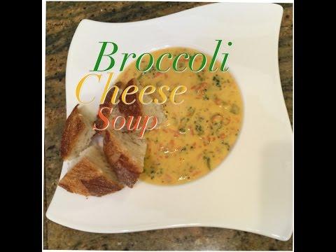 Broccoli Cheese Soup, that tastes just like Panera Bread/Sopa de Brocoli con queso