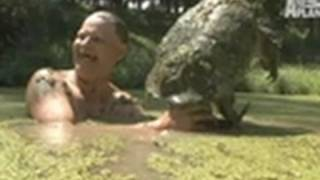 Download Snapping Turtle Bites Turtleman | Call of the Wildman Video