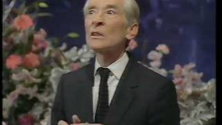 Kenneth Williams On Joan Rivers