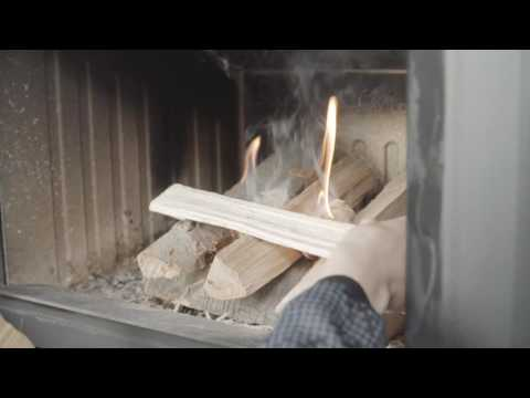 How to light a fire correctly in your wood burning stove
