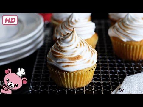 How to make Lemon Meringue Cupcakes (video)