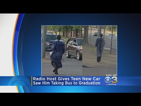 Radio Host Rickey Smiley Gives Teen New Car After Seeing Photo Of Him Taking Bus To Graduation