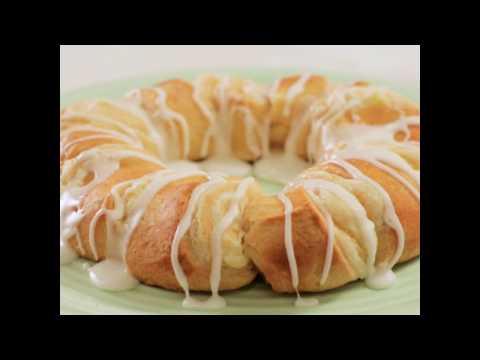 Lemon-Cream Cheese Crescent Ring