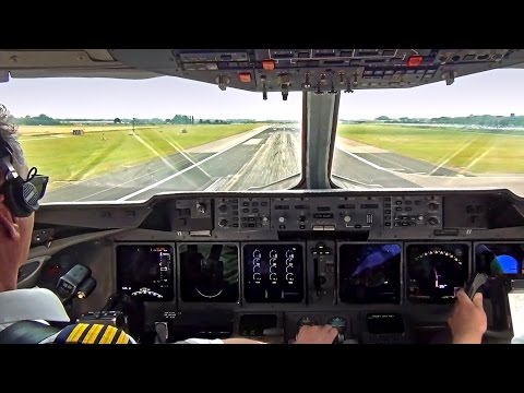 Martinair MD-11 Take-Off Amsterdam Schiphol - Cockpit View