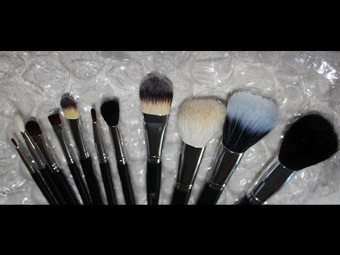 DIY - Deep Cleaning Brush Bowl - How to keep your make up brushes White and clean!