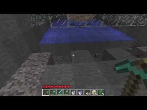 Minecraft Tutorial: How to Build a Mob Trap for Spiders