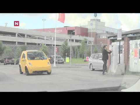 Train-horn on a small electric car
