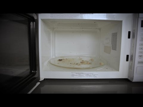 Clean your microwave with just a bowl of vinegar