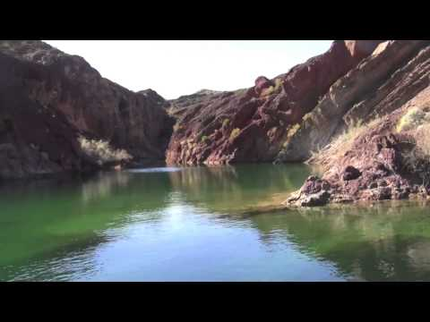 A boat tour along Lake Havasu in Arizona.