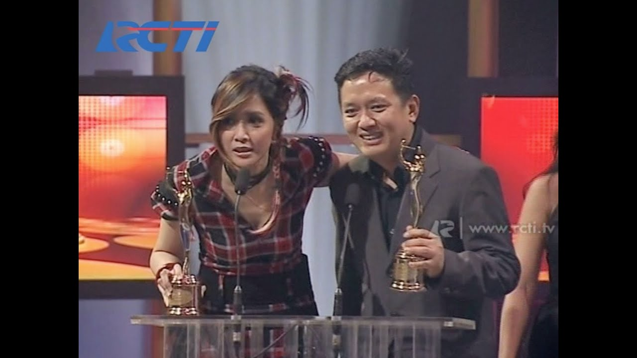 Download Ratu 'Teman Tapi Mesra' - Best of The Best/Karya Produksi Terbaik - AMI 2006 MP3 Gratis