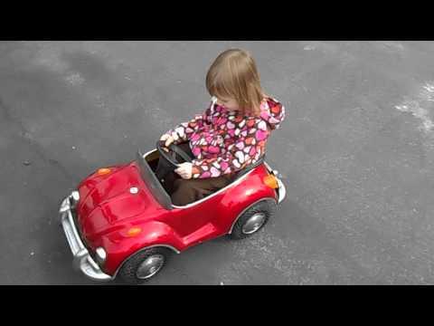 Volkswagen Beetle Electric Pedal Car VW Bug Junior Sportster Prestige WITH MACKENZIE