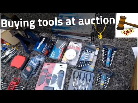 Buying tools at auction. PLUS nice roadside free scrap pickup!
