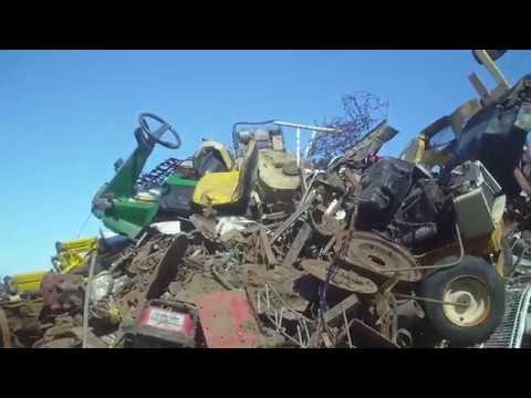 John Deere zero turn lawn mower, WTF