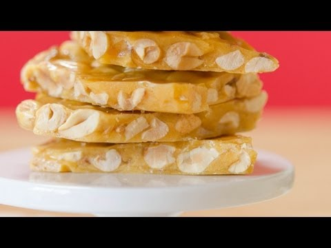 How to Make Peanut Brittle {shippable candy recipe for Christmas and the Holidays}