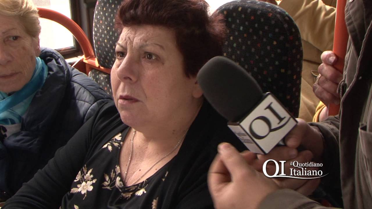 Bari, minacce di morte a Decaro sull'autobus