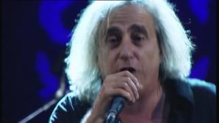 Download Γιάννης Αγγελάκας - Δεν χωράς πουθενά / Σιγά μην κλάψω / Γιορτή LIVE @ SCHOOLWAVE 2014 Video