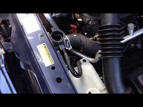 How to Change Radiator Fluid for your Toyota Yaris 99-05 in 2 mins