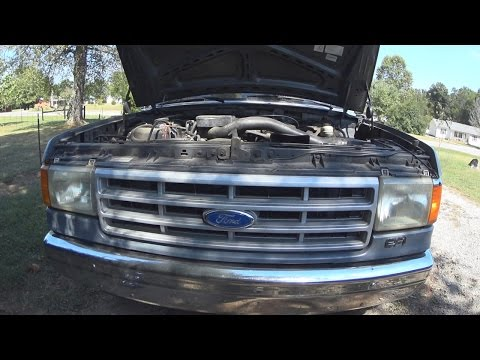 How to Replace a Throttle Cable on a 1991 Ford F-250