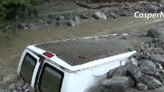 Mudslides strand thousands of Californians