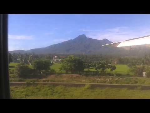 Cebu Pacific ATR 72-500 Lands in Camiguin from Cebu