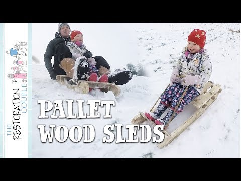 DIY PALLET WOOD SLEDS