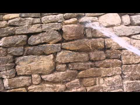 How to clean joints before applying lime mortar