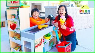 Download Ryan Pretend Play Grocery Store Shopping Super Market Toys! Video