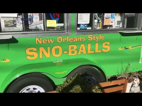 What is a New Orleans Style Sno-Ball? Steve Spell Demonstrates the Art of a Good SNOBALL!