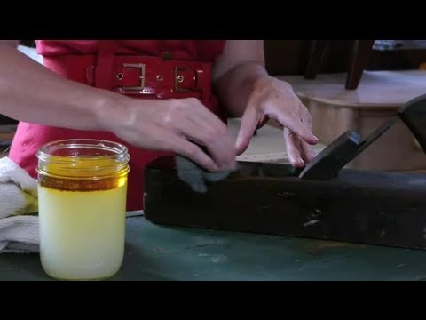 Linseed Oil & Turpentine for Cleaning Antique Furniture : Antique Furniture Care