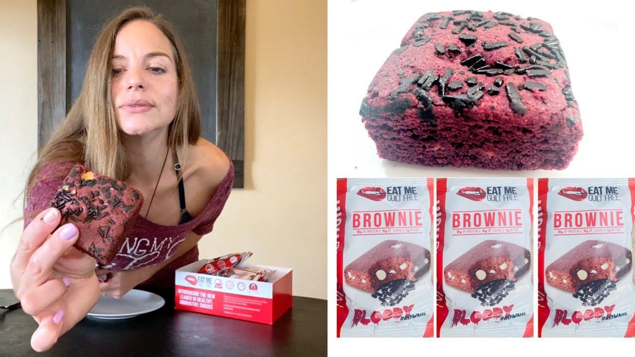 EAT ME GUILT FREE BROWNIE REVIEW | HIGH PROTIEN (20g) WW SNACK  | SEASONAL FLAVOR BLOODY BROWNIE