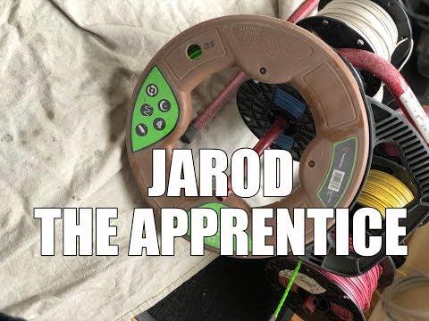 Jarod the Electrician Apprentice - Chicago Pizza Edition!