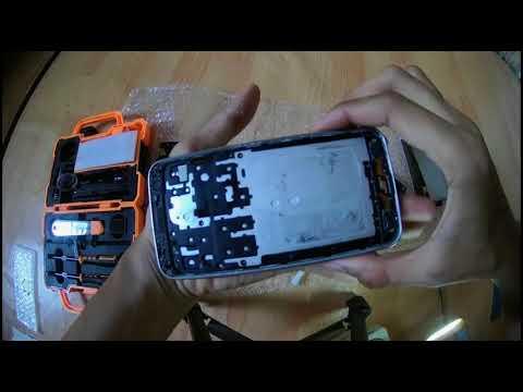 Cara Mengganti LCD Touchscreen Samsung SGH J320G    J3 2016