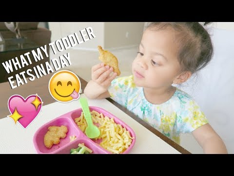 WHAT MY TODDLER EATS IN A DAY! EASY MEAL IDEAS FOR KIDS!