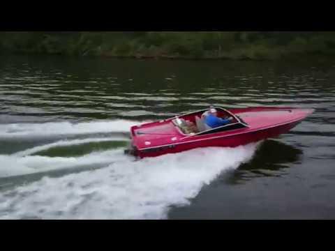DJI Mavic Pro vs. DonZi Power Boat!!