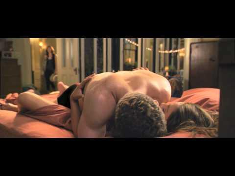 Секс по дружбе онлайн mp4