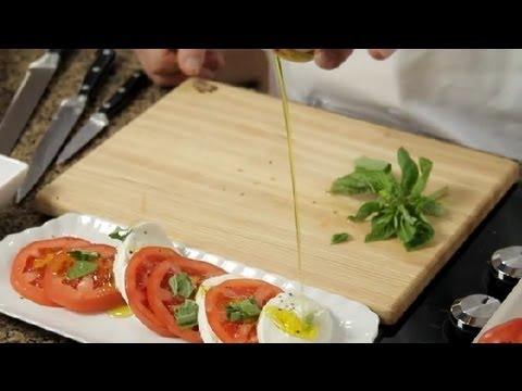 Recipe for Mozzarella Cheese, Basil, Olive Oil & Tomato Salad : Tomato Salads