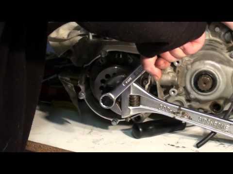 Dirt bike bottom end rebuild - flywheel removal